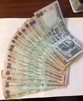 (1) One MAHATMA Gandhi BILL 100 RUPEE Circulated Indian Note Currency 2012-2016