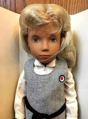 Sasha Doll 114S Blond School Girl Vintage New w/ Box NIB Trendon England Outfit