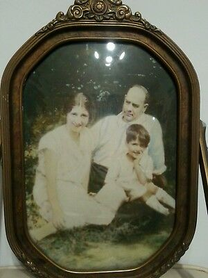 Vintage Hexagon Convex Glass Swivel Wooden Picture Frame Detailed