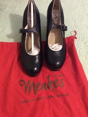 Menkes Flamenco Shoes, black leather, size US 9, euro size 40