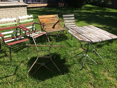 Vintage Garden Furniture In Need Of New Wood. No Major Rust ( 6 Items In Lot)