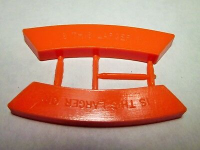 """Vintage Cracker Jack plastic optical illusion toy,""""Is this larger?"""""""
