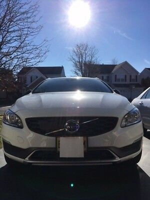 2016 Volvo V60 Cross Country Premium AWD 10800 miles with Factory Warranty until Aug 2020 or 48k miles