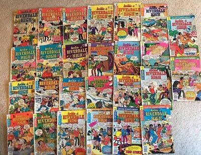 ARCHIE AT RIVERDALE HIGH ~ Lot Of 26