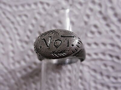 ANCIENT ROMAN SILVER RING with Inscription VOT