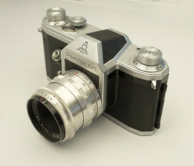 Pentacon ZI Zeiss Ikon 35 SLR camera with Tessar 50/2.8 red T 12 blades Case