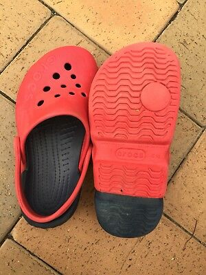 Children's Crocs Red size 10