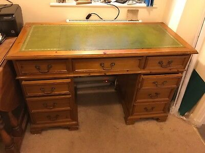 Captains Desk ( Faux Leather inlay)