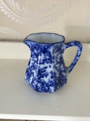 Losol Cavendish Blue And Whire Jug