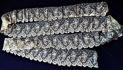 Elegant circa 1880's Brusssel Lace Antique Lace Trim / Flounce   Approx. 4 yards