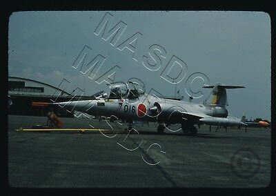 35mm Kodachrome Aircraft Slide - F-104J Starfighter 36-5016 JASDF 202 Sq -Aug 76