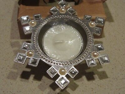 NEW-Avon-Majestic Holiday Jeweled Snowflake Tealight-Silver-New In Box