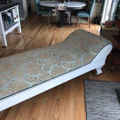 1720-1760 Antique fainting couch