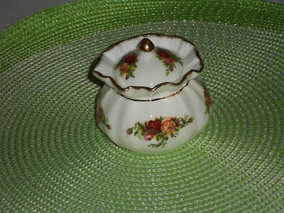 Royal Albert Old Country Roses Dorothy Pot withy Lid  undermarked  mint
