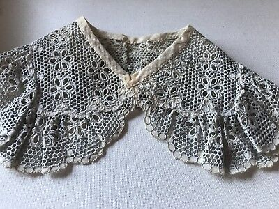 Antique Hand Made European Ecru Lace Large Kid  Collar As Is