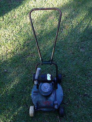 """Vintage Victa 18"""" 'Toe Cutter' Lawn Mower"""