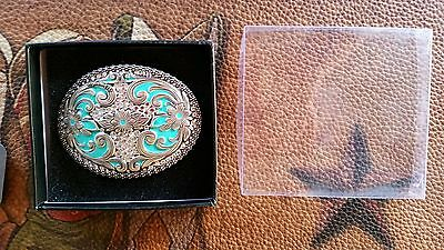 New Wrangler Cowgirl  bling Buckle in Gift Box Turquoise