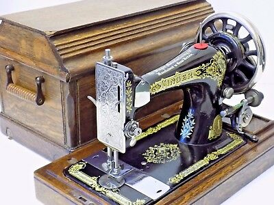 Singer Sewing Machine 28K 1911 Hand Crank Vintage Antique Collectible See Video