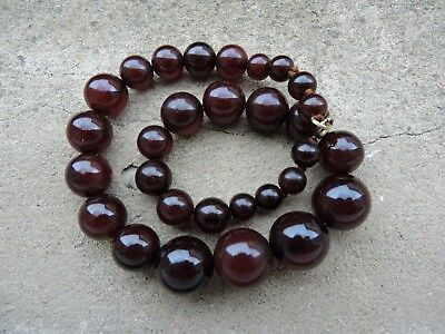 VINTAGE ART DECO CHERRY RED AMBER BAKELITE NECKLACE 60 g CIRCLE BEADS