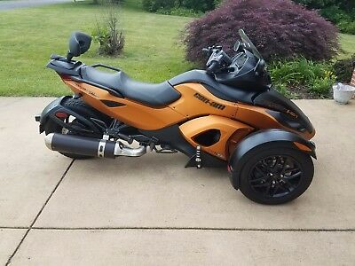 2011 Can-Am RSS  can am spyder RSS