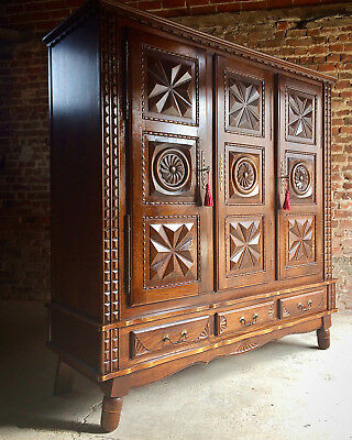 Stunning Antique Style French Oak Armoire Wardrobe Large Carved Bedside Cabinet