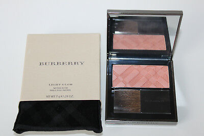 Burberry Light Glow Blush Nr. 01  NEU