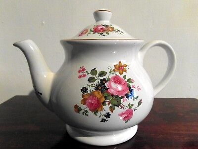 Vintage Sadler Rose & Gilt Decorated White Teapot 2 Pint Size Chintz Roses.