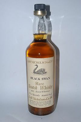 WHISKY BLACK SWAN RARE SCOTCH WHISKY NICHOLSON AÑOS 70 75cl.