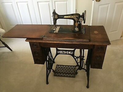 1910 singer treadle sewing machine with table and iron legs