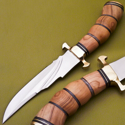 Custom Hand Made Stainless Steel Blade Hunting Knife-Olive Wood- G-3194