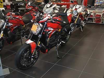 2016 Ducati Monster  2016 DUCATI MONSTER 1200 R SPECIAL RED A FAST ITALIAN BIKE AT A NEW LOWER PRICE