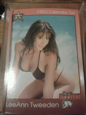 1993 Hooters Calendar Girls 100 Trading Card SET RARE
