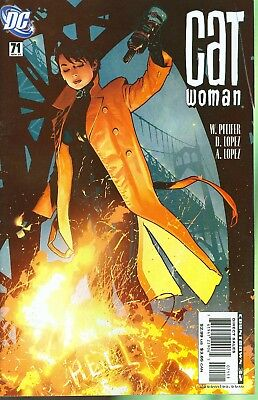 Catwoman #71 (2007) 1st Print Adam Hughes Cover