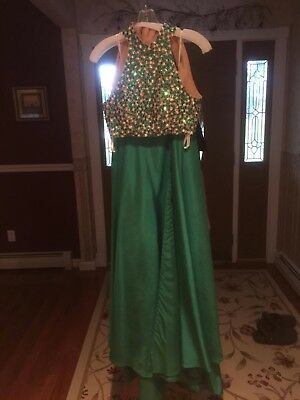 Sherri Hill Prom Dress Size 0 - Two Piece - Emerald Green - Great Condition!
