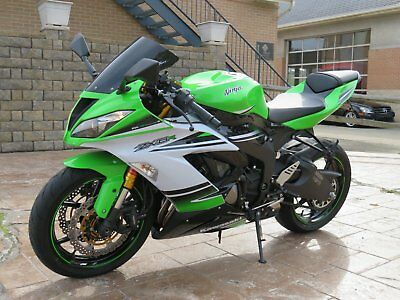 2015 Kawasaki Ninja  2015 KAWASAKI  NINJA  636 ZX6R 30th ANNIVERSARY   NEW CONDITION  1647 MILES
