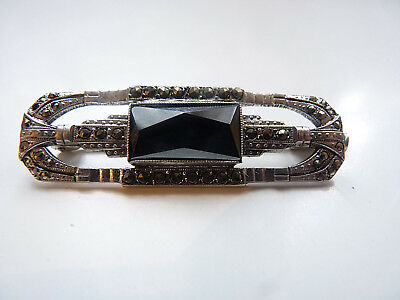 Antique Lovely Art Deco brooch 1915 in sterling silver, hematite and marcasites