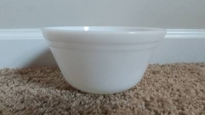 "Vintage F Federal Oven Ware White Milk Glass 6"" Tapered Nesting/Mixing Bowl NICE"