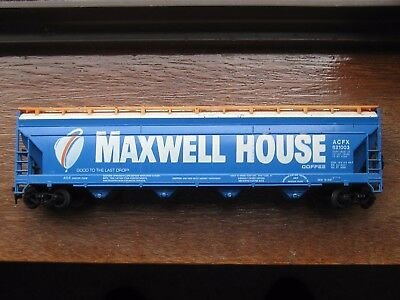 "Tyco ""Maxwell House"" Centre Flow Hopper Car. HO Scale. No Box."