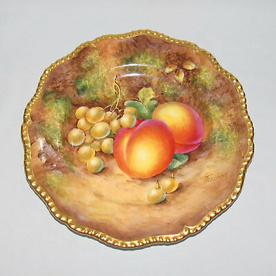 ROYAL WORCESTER hand painted Fruit plate gilt border signed FREEMAN c.1960s