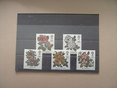 Gb Unmounted Mint Set - Roses 16.7.91.
