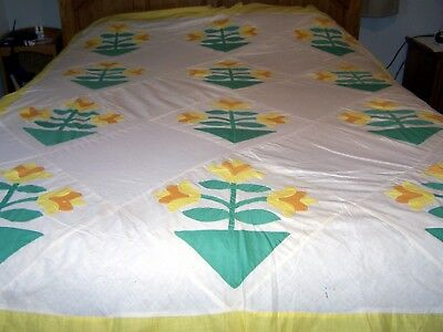 """Antique/Vintage APPLIQUED QUILT TOP,TULIPS,HAND DONE,96""""x 78"""",NICELY DONE,COTTON"""