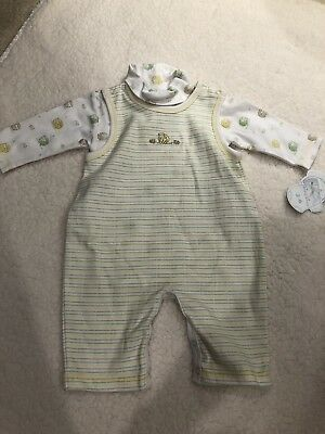 NWT Baby Outfit Size 0-3 Months By Kissy Kissy sheep boy girl two-piece