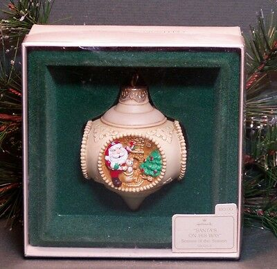 "1983 Hallmark Ornament ""Santa's on His Way"" 4 Scenes of the Season Orignal Box"