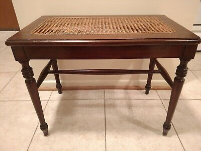Vintage Star Furniture Hardiman Woolworth Co. French Walnut Piano Bench wicker