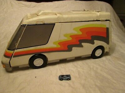 Micro Machines 1991 Galoob Toys Super Van City Playset with one Car