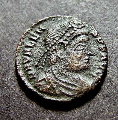 VALENS, NIKE Advances w/ Victory Wreath, Imperial Roman Emperor Coin