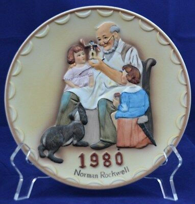 THE TOYMAKER~1980 Norman Rockwell China Plate~Unique 3-D Raised Design MINT