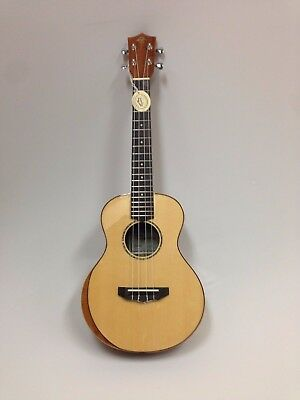 Caraya UK-26 Premium Tenor Solid Spruce Bevelled Top Ukulele With bag 3 Picks