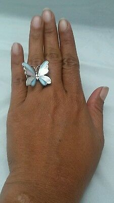 Beautiful  Vintage  Sterling 925 butterfly mother pearl inlay   ring size 6