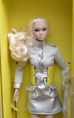 Intgegrity Toys Out of This World Poppy Parker Doll NRFB